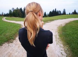 womancrossroads